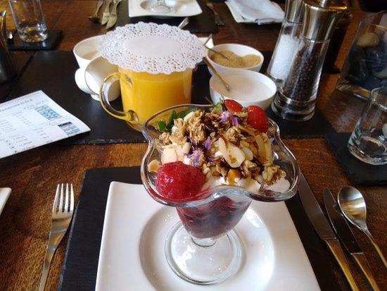 Worton, UK: Breakfast starter delicious!