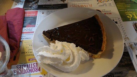 Sennece-les-Macon, Frankrike: Glace ou tarte au chocolat