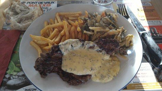 Sennece-les-Macon, Frankrike: Steak sauce holandaise