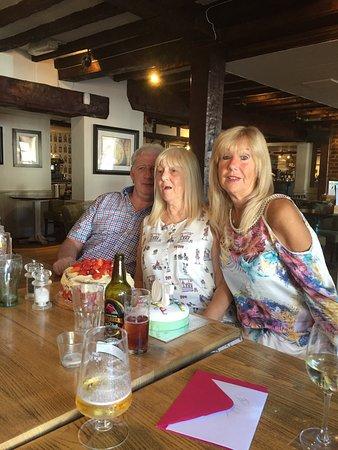 Stevenage, UK: Wonderful day great food lovely staff valve for money must tire it xxx