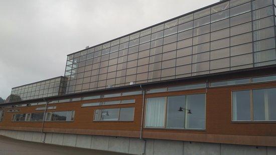 Sibelius Hall : Спереди