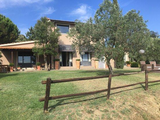 Quercia Rossa Farmhouse: photo5.jpg