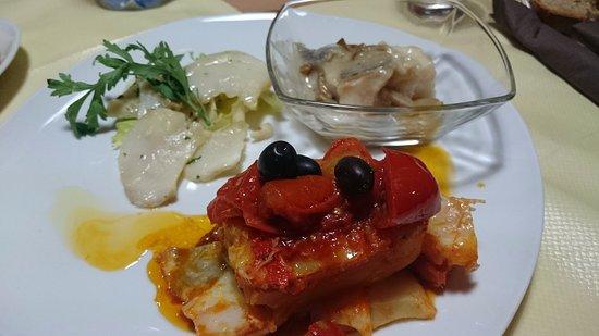 Cittanova, Italy: Tris: stocco alla griglia, ai porcini e alla ghiotta