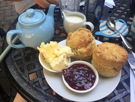Ilfracombe, UK: Amazing cream tea