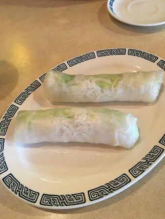 Broomfield, CO : Vegetable spring rolls