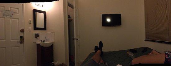 Americana Inn: photo1.jpg