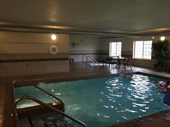 Country Inn & Suites By Carlson, Green Bay North: Warm pool - great for kids!