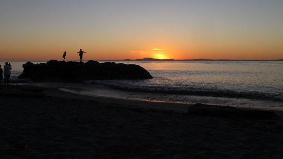 Oak Harbor, WA: Sunset on West Point Beach