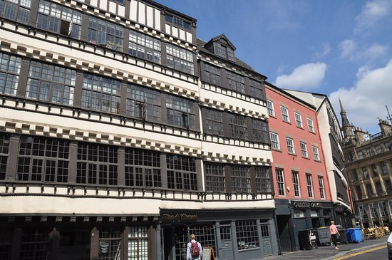 Bessie Surtees House