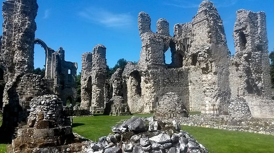 Castle Acre Priory 2