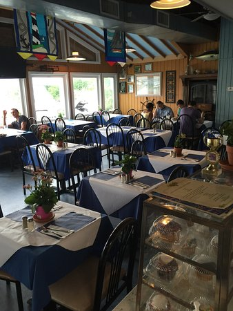 Inside The Icehouse Picture Of Ice House Cafe Bronx Tripadvisor