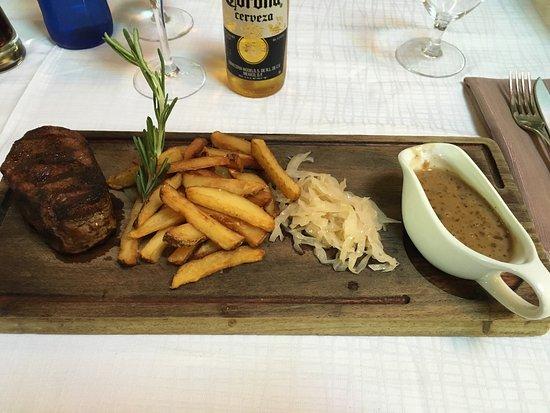 Empire Modern British Restaurant & Steak House : Epic meal - best we've had on the island 👍🏻