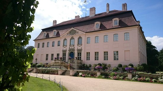 Cottbus, Germania: Schloss im Branitzer Park