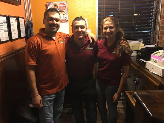 Toccoa, Τζόρτζια: Mauricio, Orlando and Lovely Alexia. Great Staff!