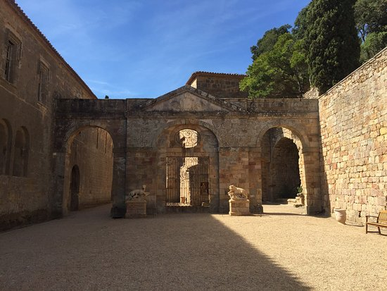 Narbonne, France: Abbaye de Fontfroide août 2016