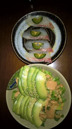 Kennesaw, Géorgie : Avocado salad & Kani salad