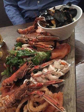Amble, UK: Seafood platter