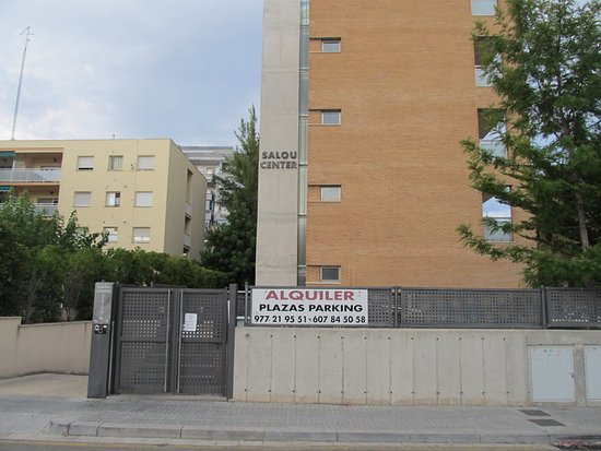 Front gate for the apartment block. - Picture of Apartamentos Salou ...