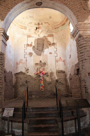 Tumacacori, AZ: Altar as it was in 2011 when I visited