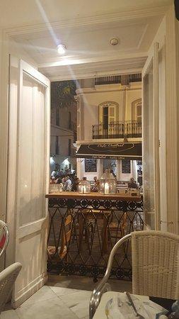 La Casa Amarilla: TA_IMG_20160821_230805_large.jpg
