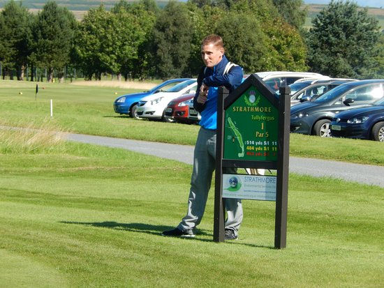 Strathmore Golf Centre: 1st tee nerves
