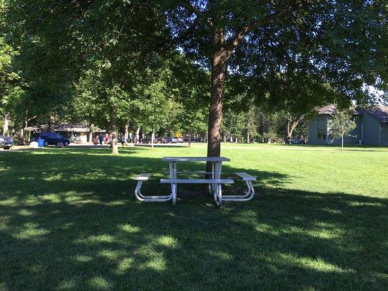 Lindenwood Park