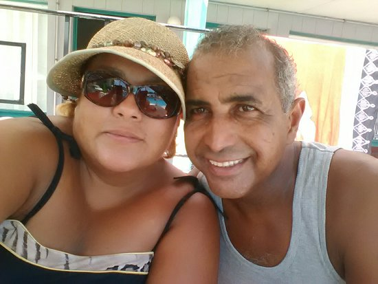 Lu Fran Motel: Mercedes y Raúl Vacaciones con los nietos, la tercera vez en esta temporada en Lu Fran motel, gr