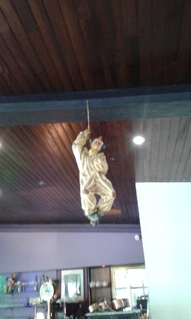 Olivet, Frankrike: Un clown au plafond