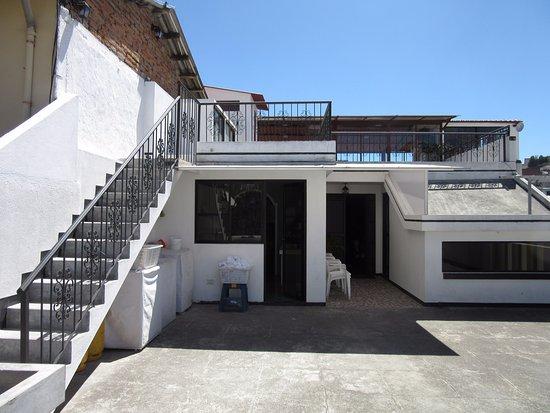 Rooftop (211918284)