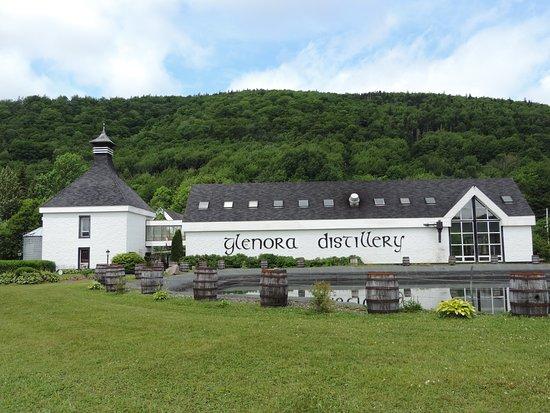 Mabou, Canada: Glenora Distillery