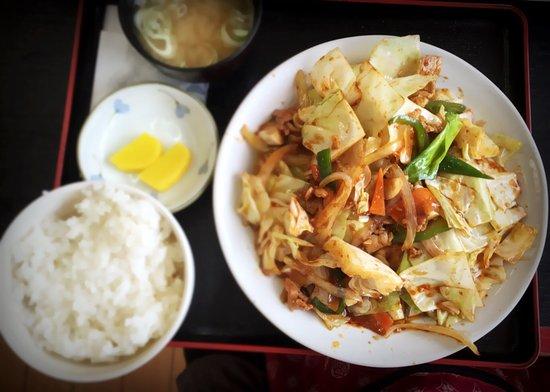 Kitahiroshima, Ιαπωνία: 回鍋肉定食、ご飯を少なめにしてもらいました。