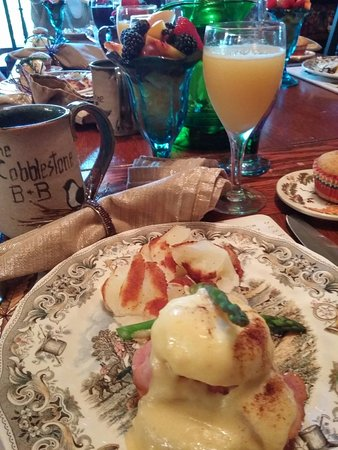 Cobblestone Bed and Breakfast: Beautiful,clean relaxing and gourmet breakfast!