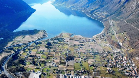 Idro, Italia: Panoramica sul lago