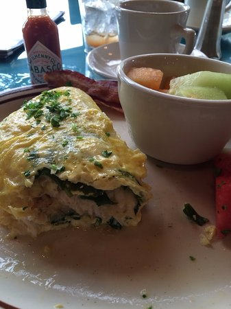 Hartfield, VA: Now that's a crab omelette.