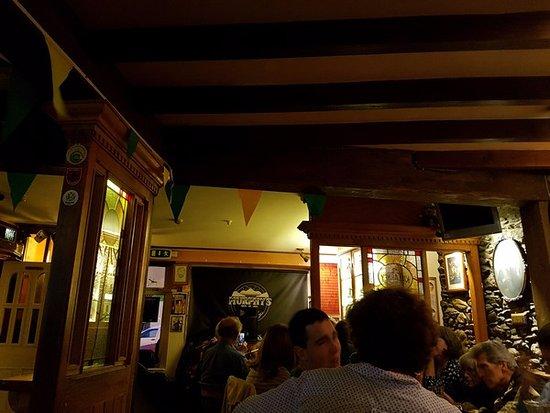 Murphy's Bar: Murphy's