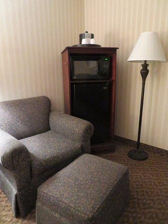 Carlstadt, Nueva Jersey: Microwave & Fridge