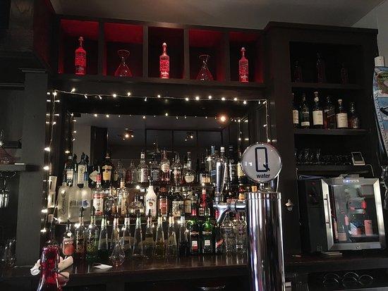 Urban Dish Grill & Wine Bar: photo0.jpg
