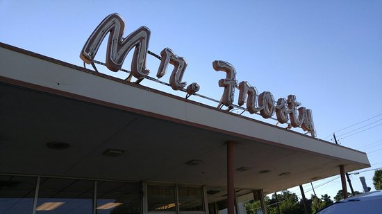 frosty 39 s denton restaurant reviews phone number photos tripadvisor. Black Bedroom Furniture Sets. Home Design Ideas