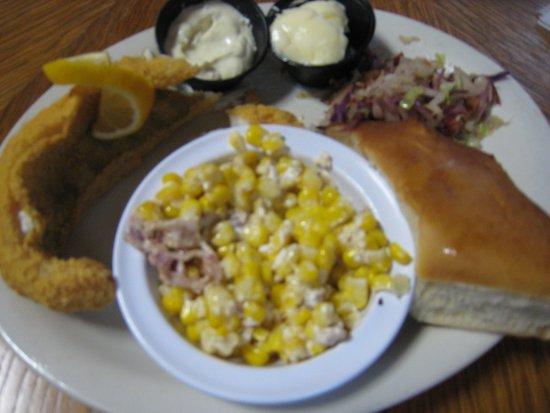 Harrison, AR: Walleye dinner (very good)