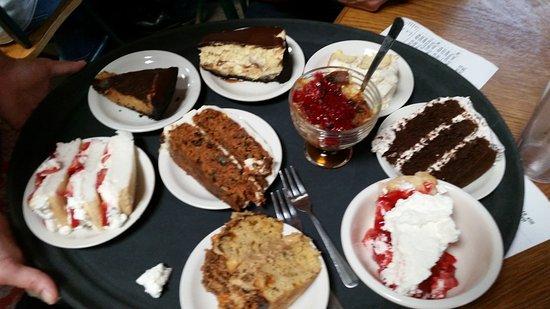 Harrison, AR: Dessert tray (good)