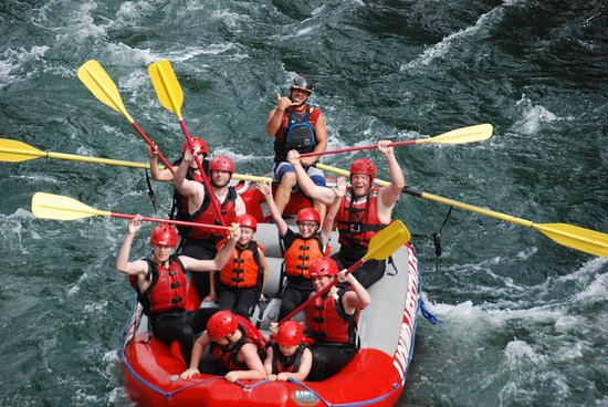 Liquid Lifestyles Whitewater Rafting : we had smaller kids and everything was perfect, great family fun