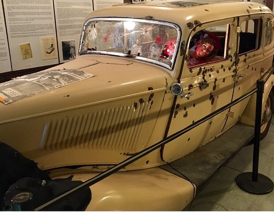 """Bonnie And Clyde Car Location: My Husband, Corey, Inside The """"death Car"""" And L.J. Hinton"""