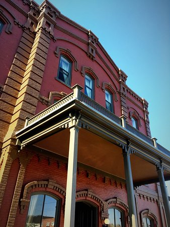 Fort Benton, MT: Grand Union Hotel