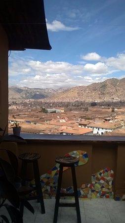 Hostal Wara Wara: Acceso a la terraza desde sala de estar/desayunador...