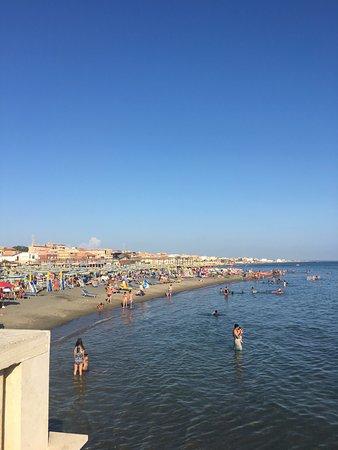 Stabilimento balneare plinius lido di ostia 2019 all for Di tommaso arredamenti ostia