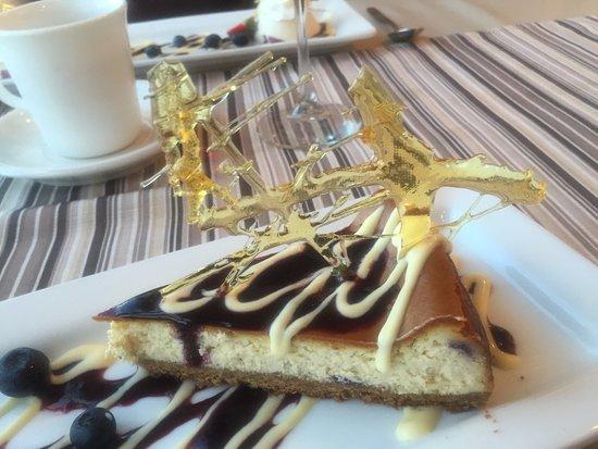 Waterside, Kanada: Dessert's Sugar Art