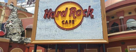 Hard Rock Cafe: 20160821_215509_large.jpg