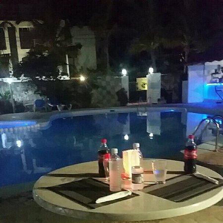 El Eden Hotel: IMG_20160820_203211_large.jpg