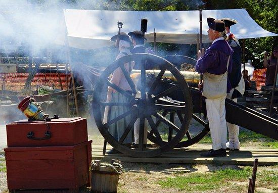 Yorktown, VA: Cannon Firing