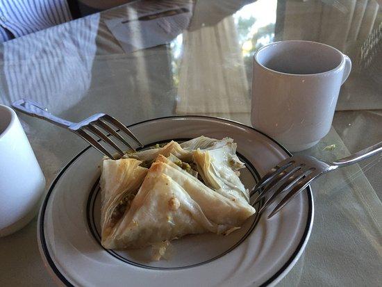 ซิลเวอร์เดล, วอชิงตัน: Aladdin Palace Mediterranean Restaurant